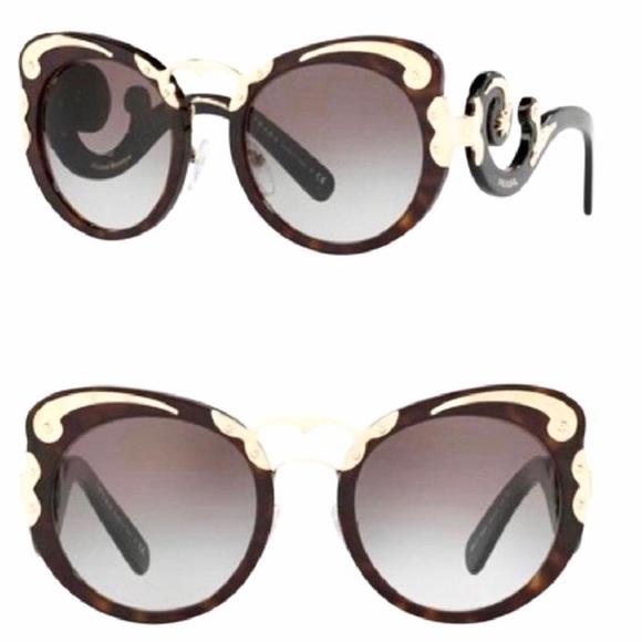 8a33fdaae7b Prada minimal Baroque sunglasses